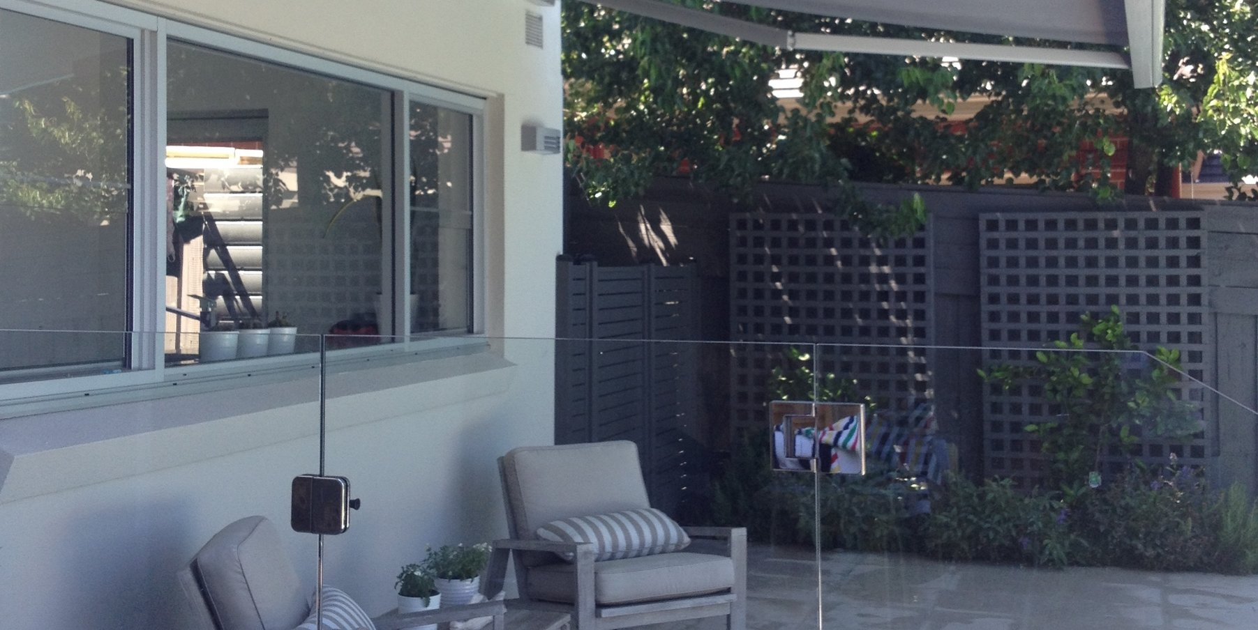 Awnings Melbourne | Folding Arm Retractable Awnings Melbourne - LWF